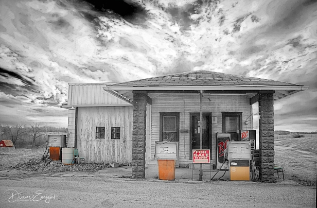 alfordsville gas station_BW